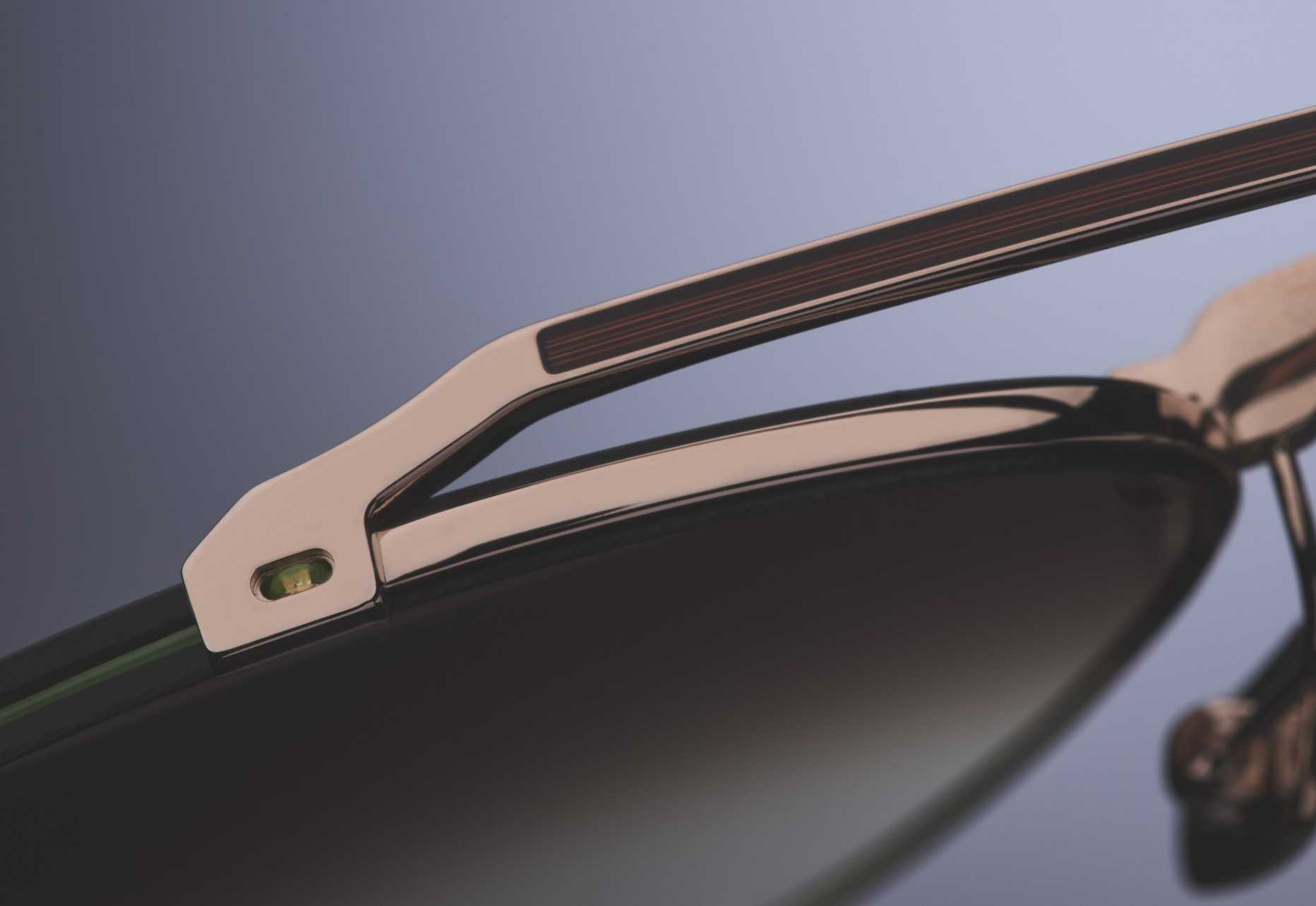 RIMLESS FRAME CONSTRUCTION WITH CUSTOM TITANIUM BROW BAR AND NOSE BRIDGE